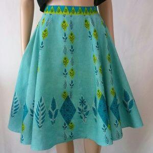 Viola circle skirt
